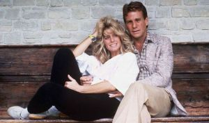 Farrah Fawcett and Ryan O'Neal in 1984.